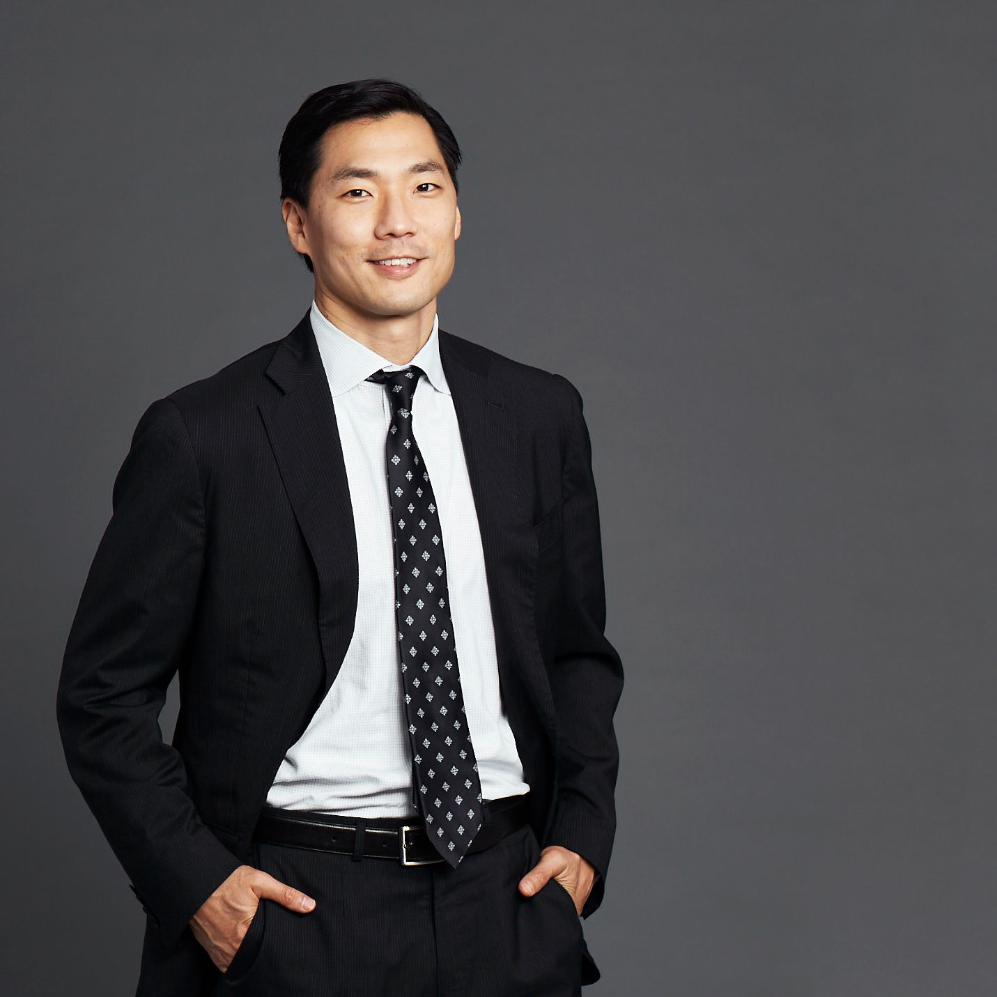 RESEARCHER / Andrew Chi
